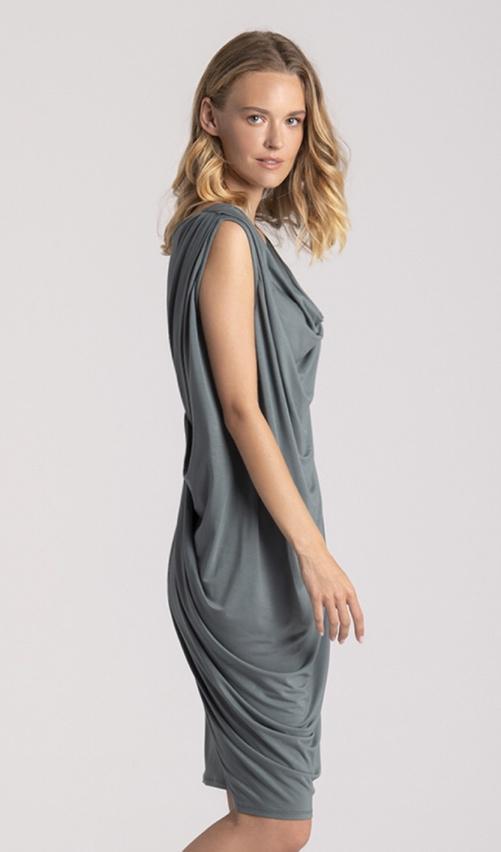 grey dress2 1