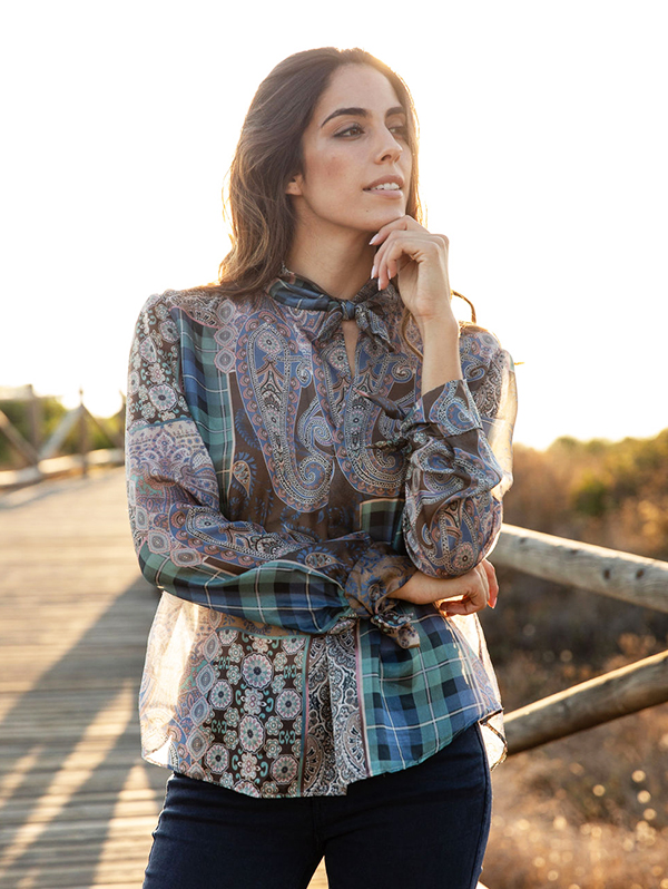 SILK BLOUSE WITH BOW3