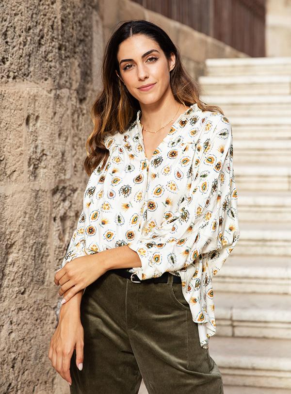 beige blouse2