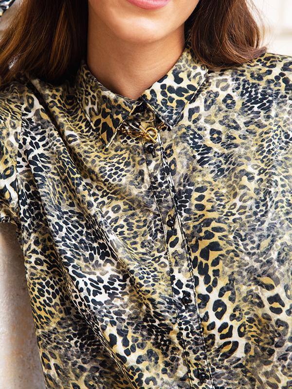 blouse leopard2